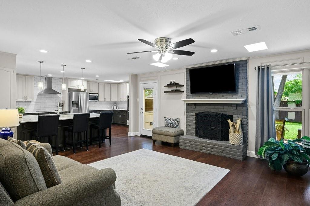 2417 Bluffton  Drive, Plano, Texas 75075 - acquisto real estate best prosper realtor susan cancemi windfarms realtor