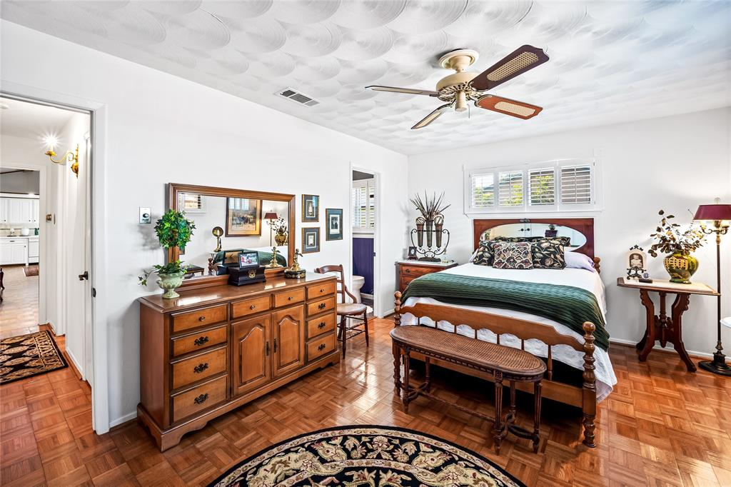 2002 Benjamin  Road, Irving, Texas 75060 - acquisto real estate best investor home specialist mike shepherd relocation expert