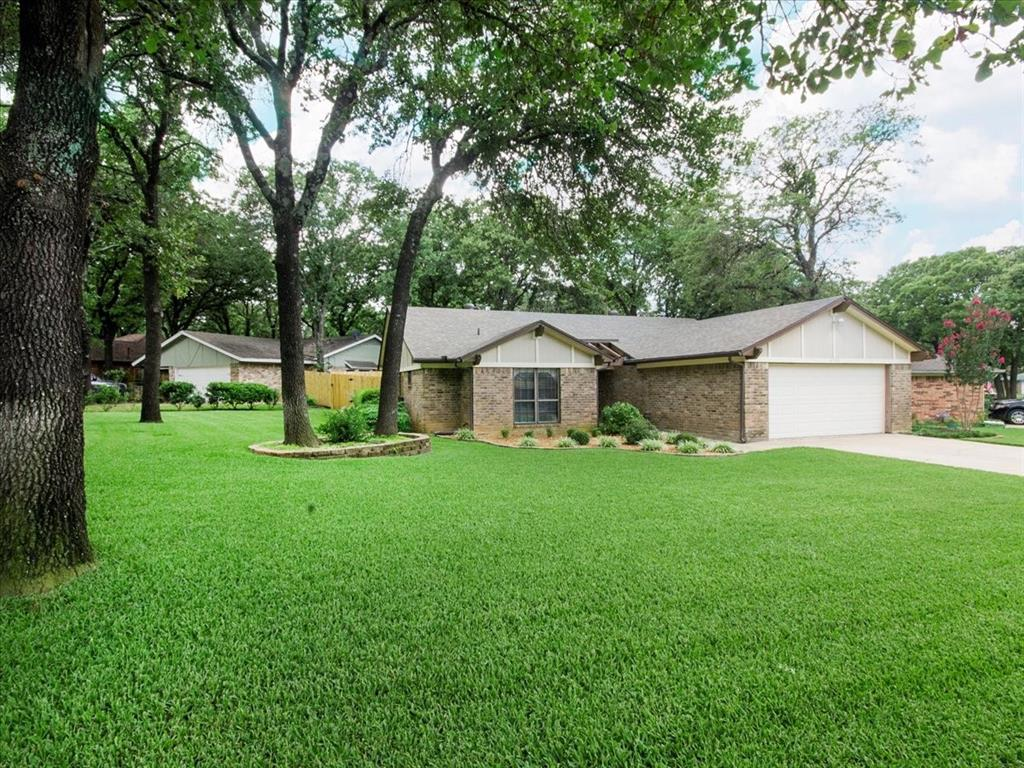 4700 Lone Oak  Drive, Arlington, Texas 76017 - acquisto real estate best flower mound realtor jody daley lake highalands agent of the year