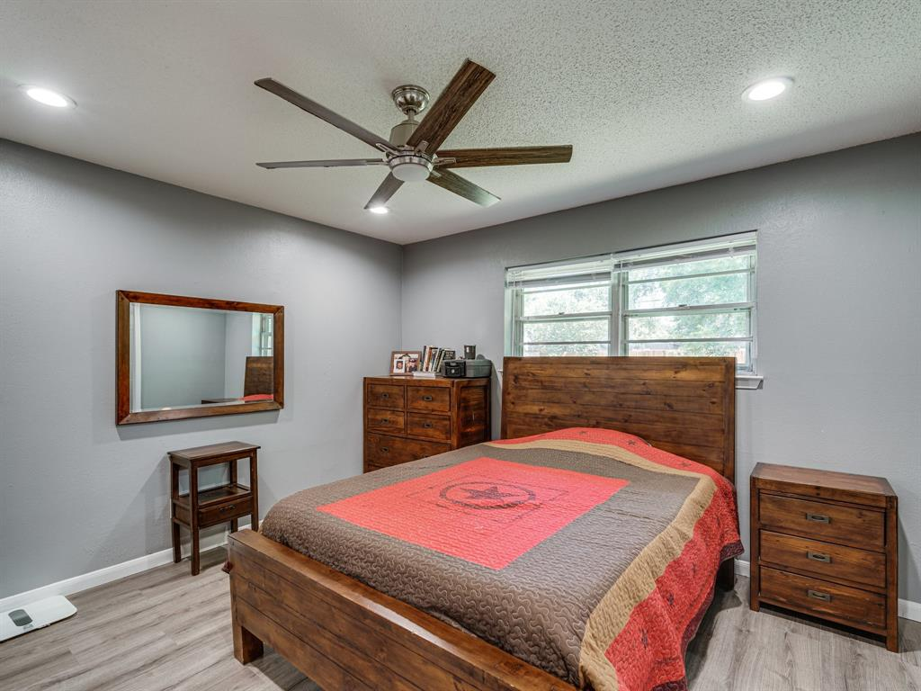 1719 Nueces  Trail, Arlington, Texas 76012 - acquisto real estate best photos for luxury listings amy gasperini quick sale real estate
