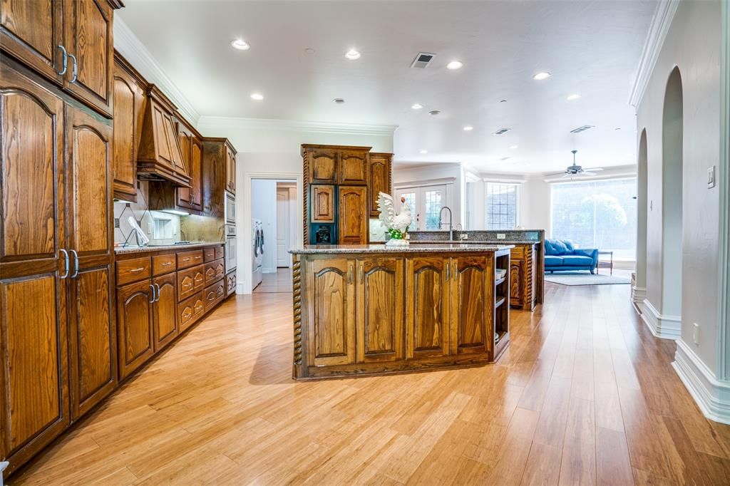 512 Holly  Court, Keller, Texas 76248 - acquisto real estate best real estate company to work for