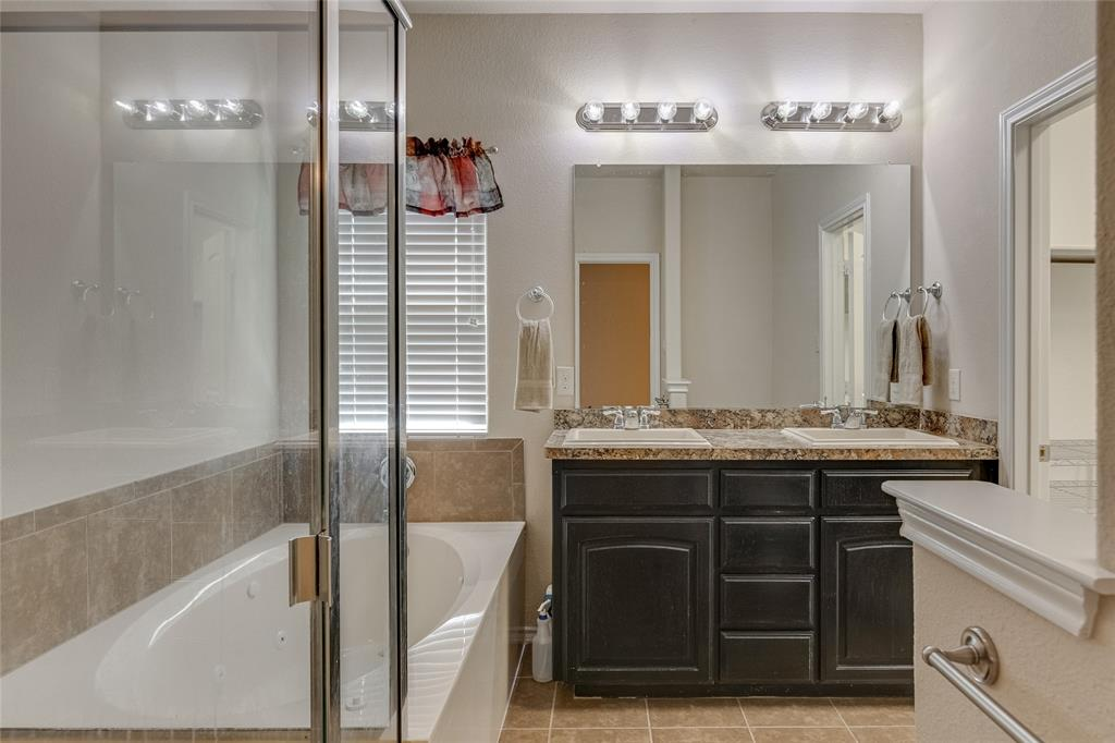 7105 Canisius  Court, Fort Worth, Texas 76120 - acquisto real estate best realtor westlake susan cancemi kind realtor of the year