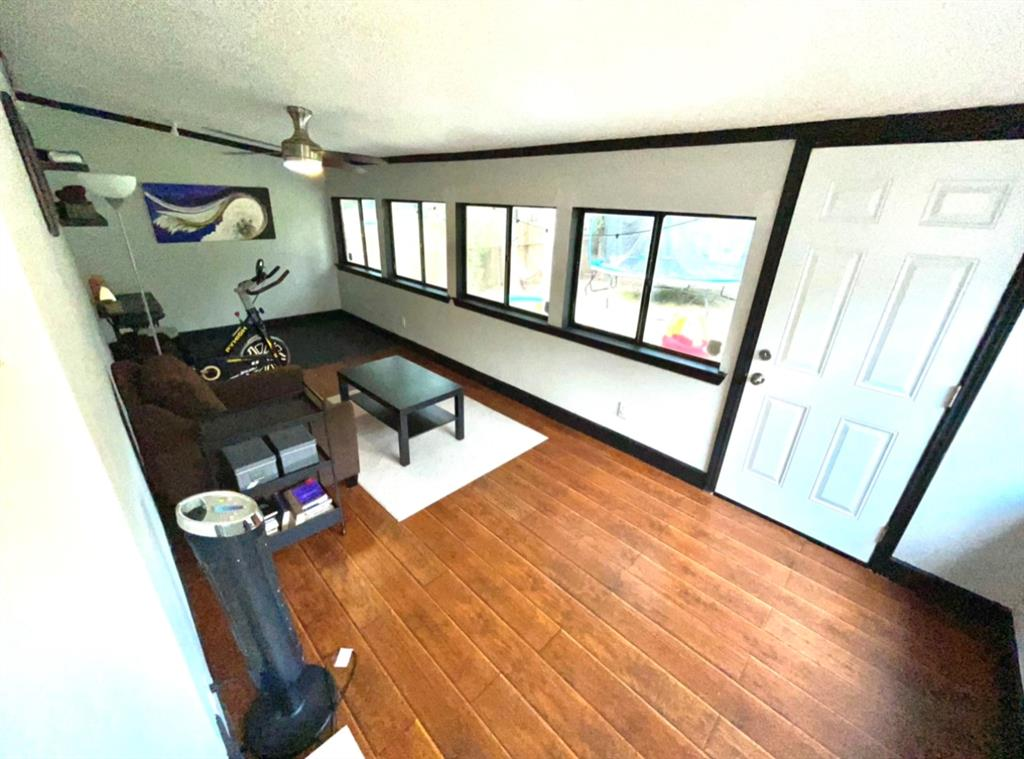 1729 Oakland  Boulevard, Fort Worth, Texas 76103 - acquisto real estate best luxury buyers agent in texas shana acquisto inheritance realtor