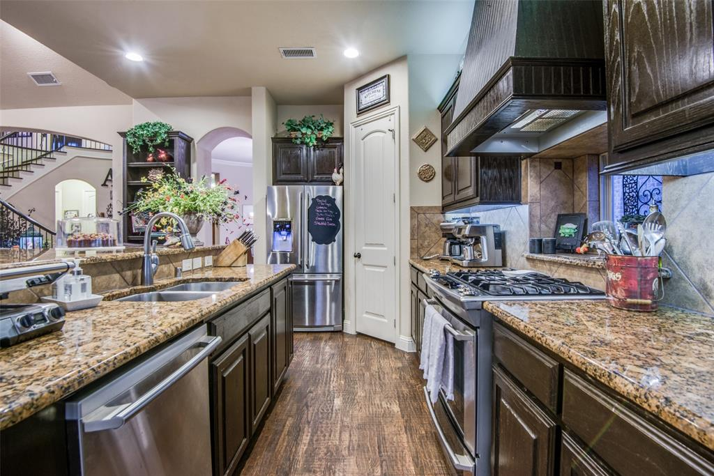 1124 Claire  Street, Lantana, Texas 76226 - acquisto real estate best real estate company in frisco texas real estate showings