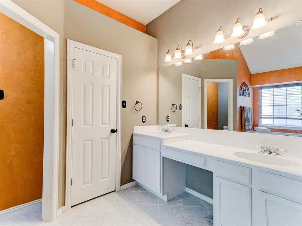 2830 Oakdale  Drive, Burleson, Texas 76028 - acquisto real estate best looking realtor in america shana acquisto