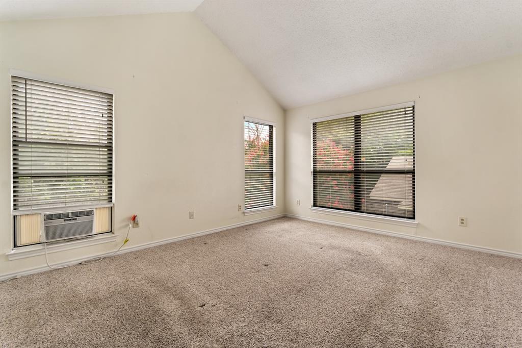 2113 Avignon  Drive, Carrollton, Texas 75007 - acquisto real estate best style realtor kim miller best real estate reviews dfw