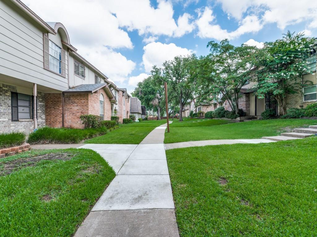 2315 Chapel Hill  Lane, Arlington, Texas 76014 - acquisto real estate best realtor dallas texas linda miller agent for cultural buyers