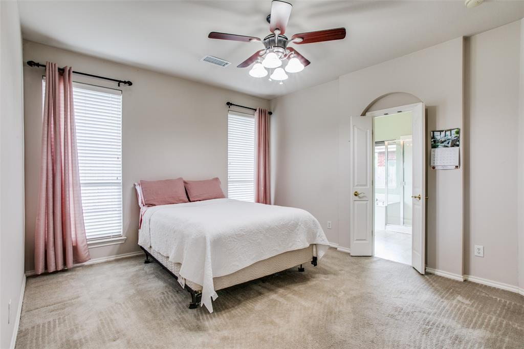 10628 Ashmore  Drive, Fort Worth, Texas 76131 - acquisto real estate best new home sales realtor linda miller executor real estate