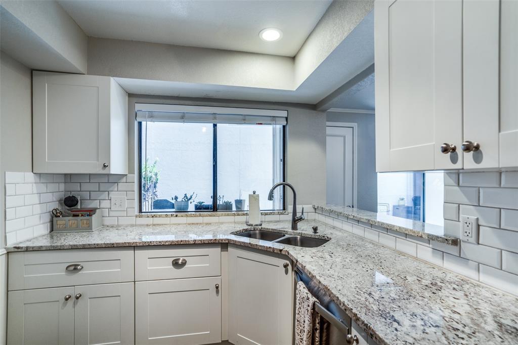 17107 Planters  Row, Addison, Texas 75001 - acquisto real estate best luxury buyers agent in texas shana acquisto inheritance realtor