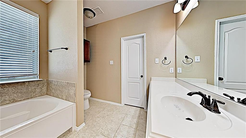 1801 Meadow Trail  Lane, Aubrey, Texas 76227 - acquisto real estate best real estate company to work for