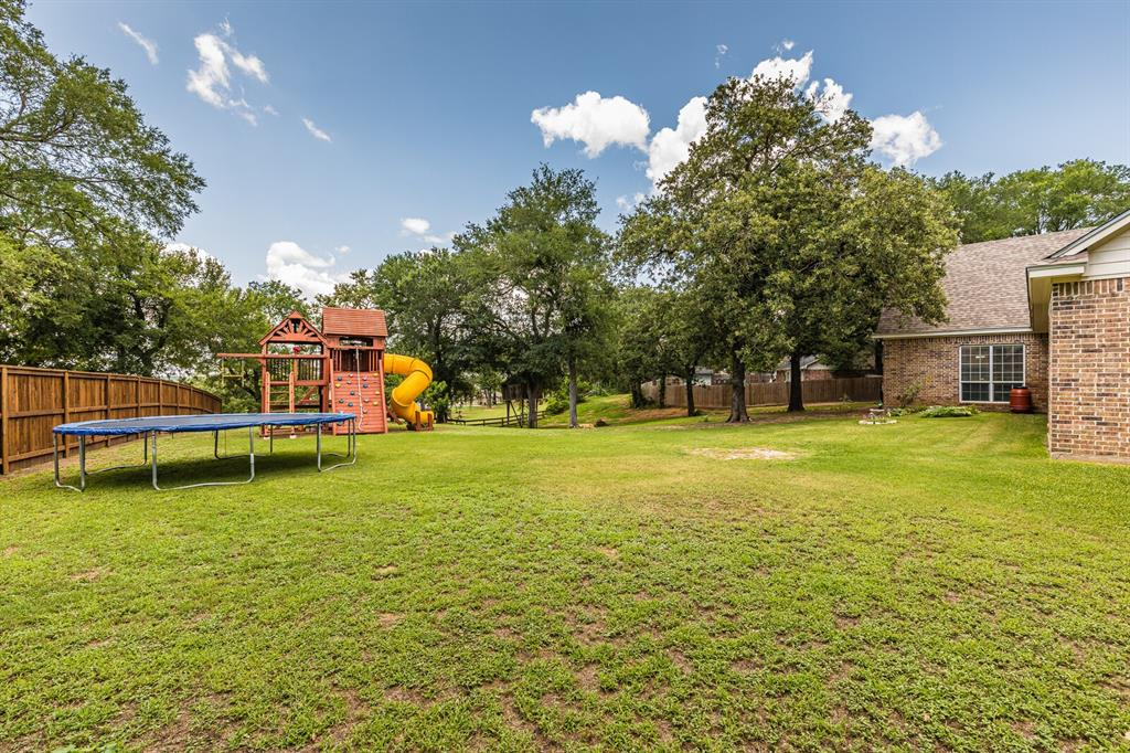 211 Bolton  Circle, West, Texas 76691 - acquisto real estate best relocation company in america katy mcgillen