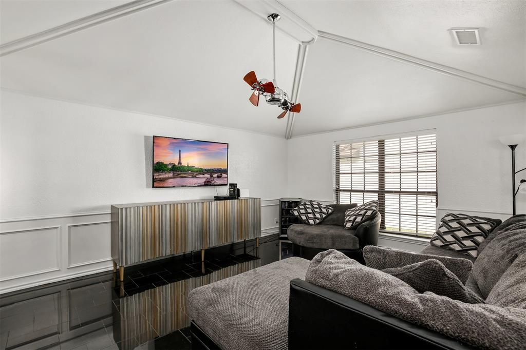 6530 La Manga  Drive, Dallas, Texas 75248 - acquisto real estate best designer and realtor hannah ewing kind realtor