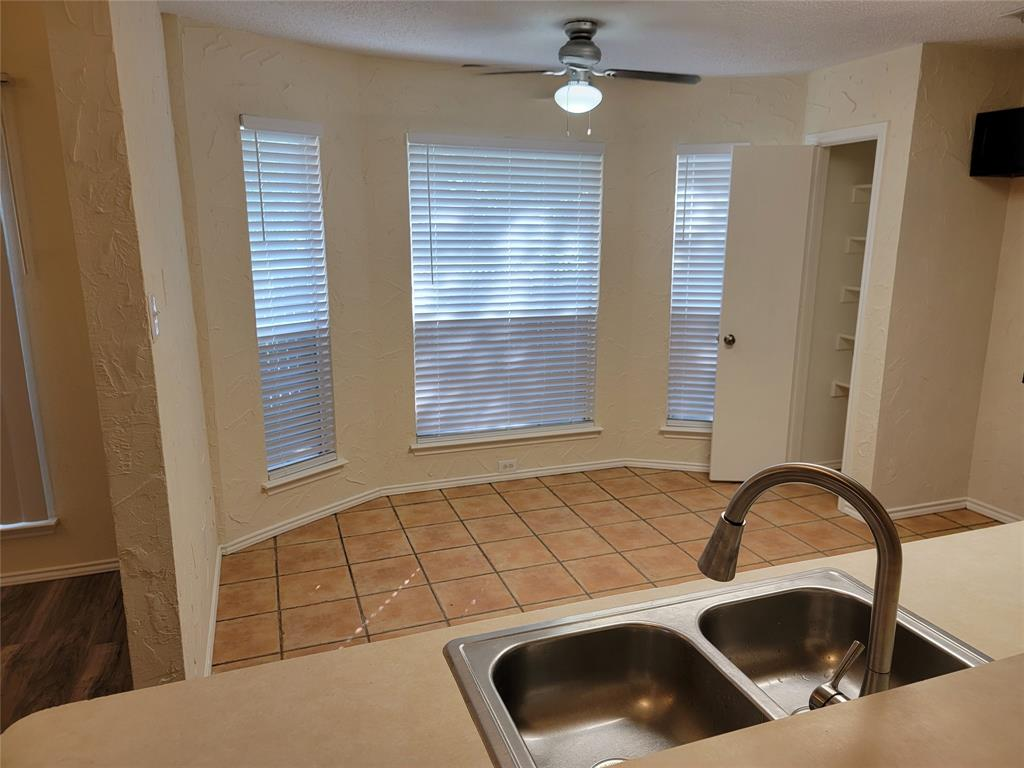 6036 Maple Leaf  Drive, Arlington, Texas 76017 - acquisto real estate best new home sales realtor linda miller executor real estate
