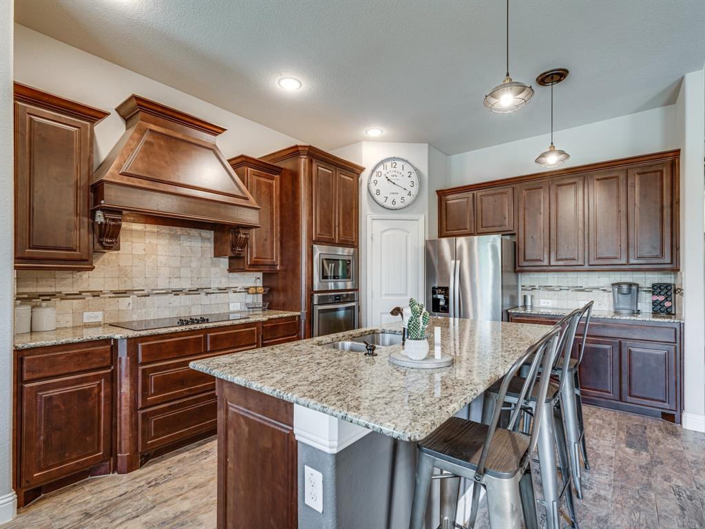 409 Hillstone  Drive, Midlothian, Texas 76065 - acquisto real estate best listing listing agent in texas shana acquisto rich person realtor