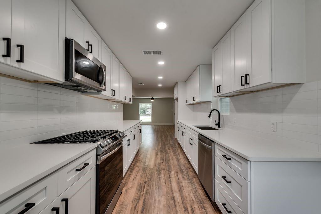 1237 Fuller  Drive, Dallas, Texas 75218 - acquisto real estate best allen realtor kim miller hunters creek expert