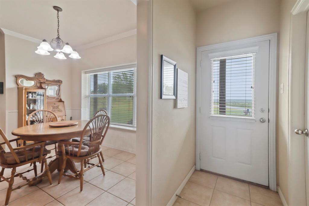 4760 Bonnie Brae  Street, Denton, Texas 76207 - acquisto real estate best realtor dallas texas linda miller agent for cultural buyers