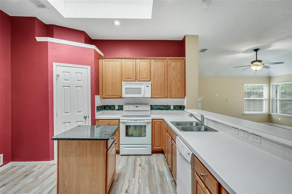1148 Taylor  Lane, Lewisville, Texas 75077 - acquisto real estate best designer and realtor hannah ewing kind realtor
