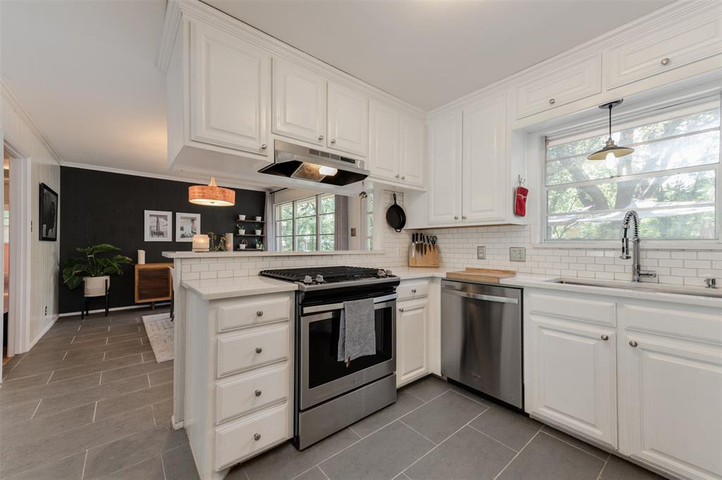 2503 Glenwood  Lane, Denton, Texas 76209 - acquisto real estate best luxury buyers agent in texas shana acquisto inheritance realtor
