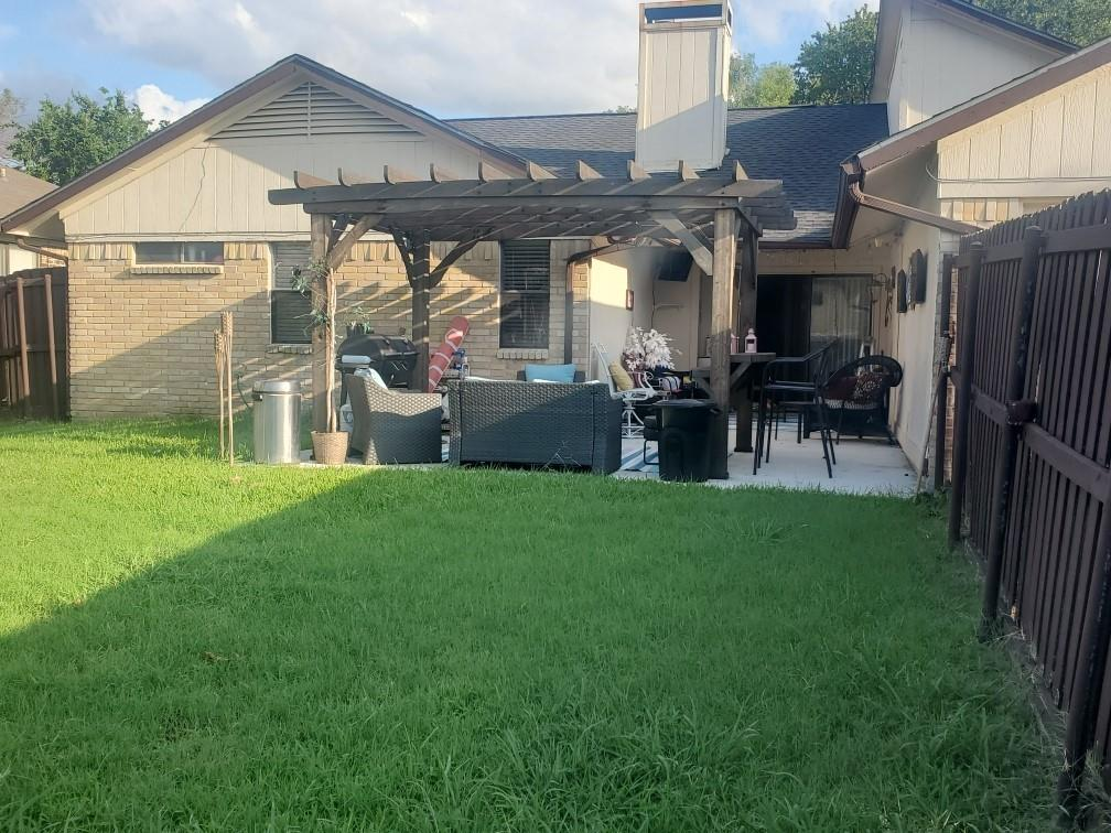 2619 Summertree  Drive, Carrollton, Texas 75006 - acquisto real estate best investor home specialist mike shepherd relocation expert