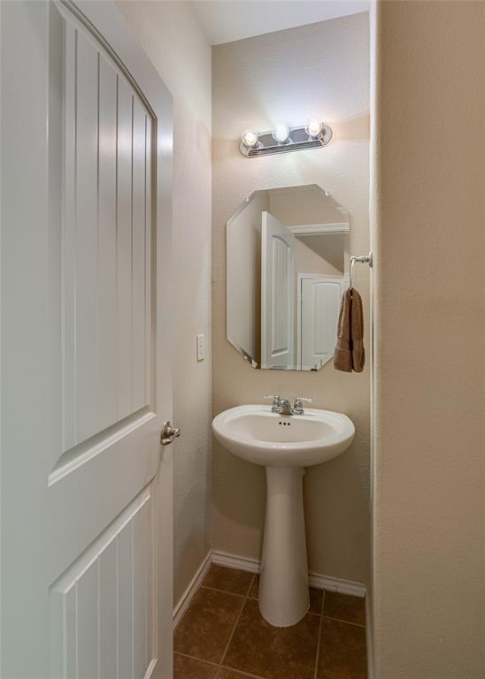 7105 Canisius  Court, Fort Worth, Texas 76120 - acquisto real estate best designer and realtor hannah ewing kind realtor