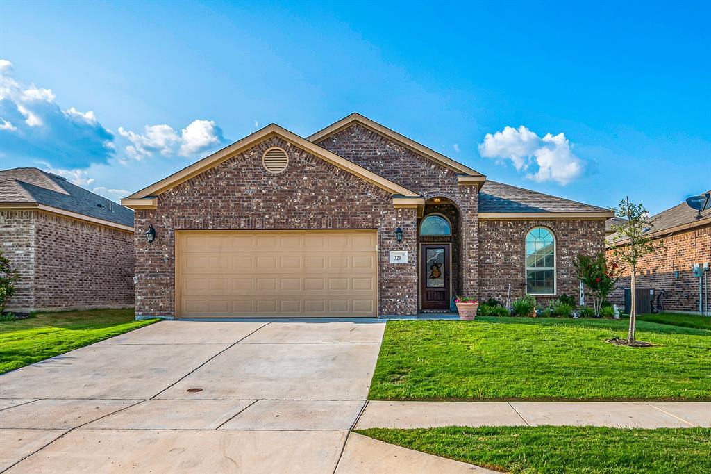 320 Emerald Creek  Drive, Fort Worth, Texas 76131 - Acquisto Real Estate best mckinney realtor hannah ewing stonebridge ranch expert