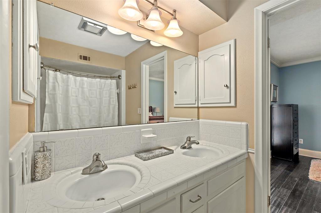 3207 Rotan  Lane, Dallas, Texas 75229 - acquisto real estate best realtor foreclosure real estate mike shepeherd walnut grove realtor
