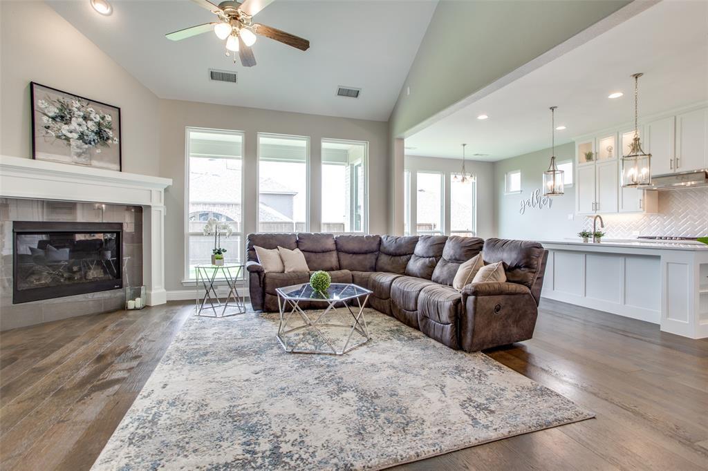 1920 Foxglen  Drive, Prosper, Texas 75078 - acquisto real estate best real estate company in frisco texas real estate showings