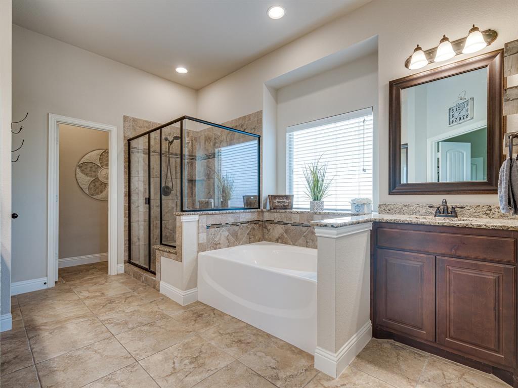 409 Hillstone  Drive, Midlothian, Texas 76065 - acquisto real estate best realtor dfw jody daley liberty high school realtor