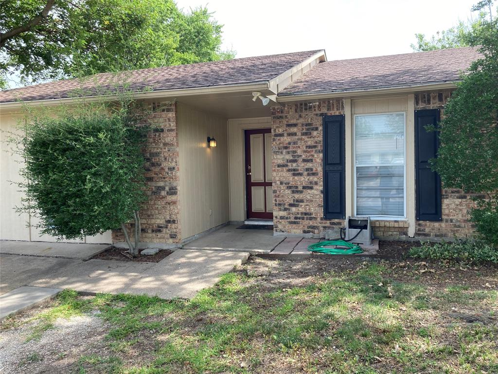 5513 Maple  Court, Rowlett, Texas 75089 - Acquisto Real Estate best plano realtor mike Shepherd home owners association expert