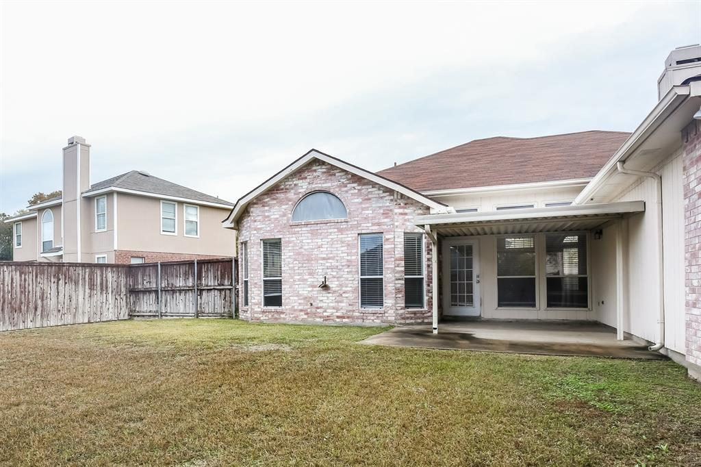 1615 Mayfair  Drive, Mesquite, Texas 75149 - acquisto real estate best designer and realtor hannah ewing kind realtor