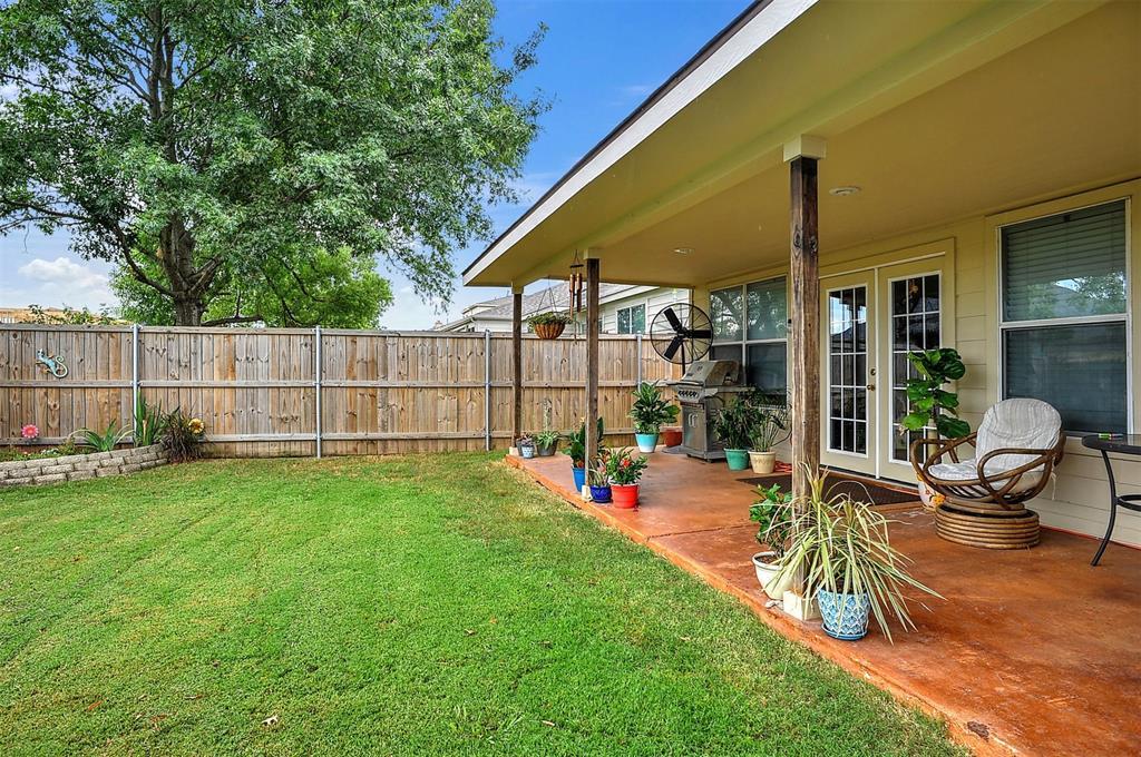 1113 Mallard  Drive, Sherman, Texas 75092 - acquisto real estate best negotiating realtor linda miller declutter realtor