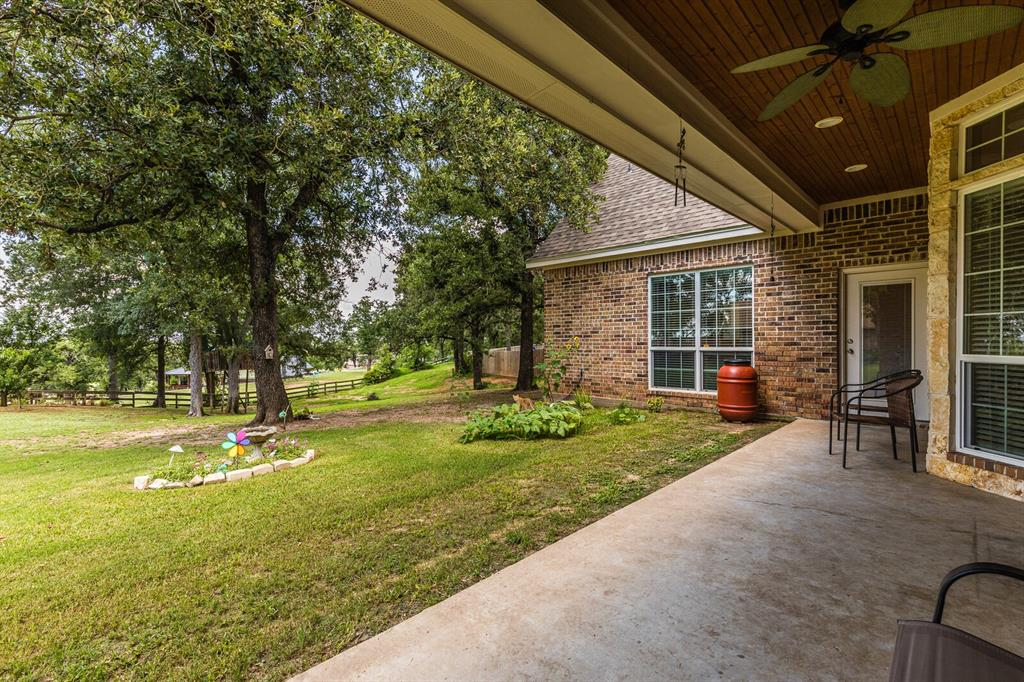 211 Bolton  Circle, West, Texas 76691 - acquisto real estate mvp award real estate logan lawrence