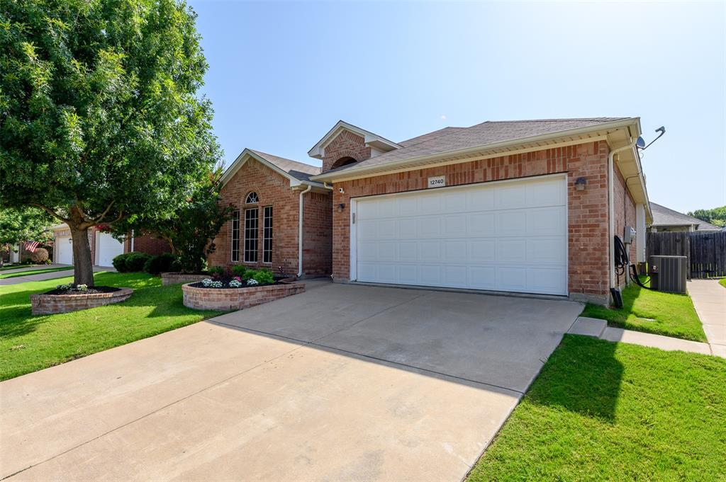 12740 Hannahsville  Lane, Fort Worth, Texas 76244 - acquisto real estate best realtor dfw jody daley liberty high school realtor