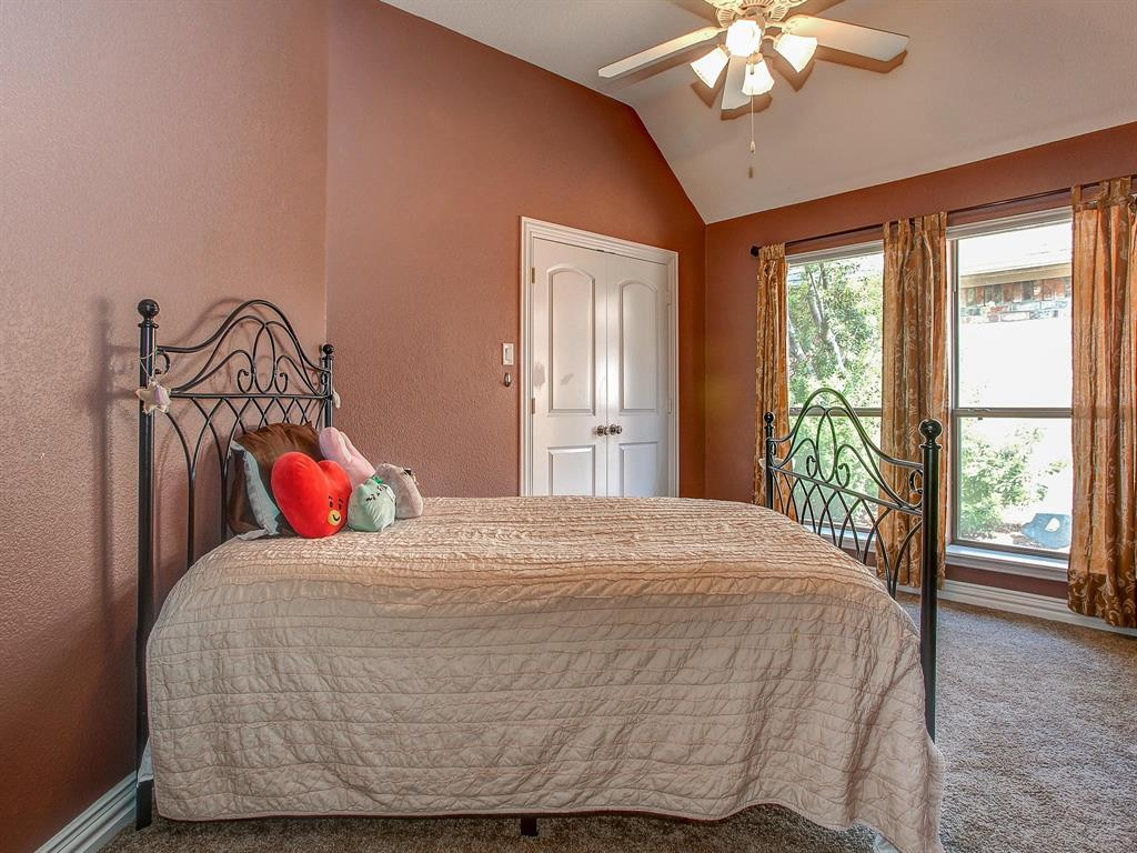 2136 Portwood  Way, Fort Worth, Texas 76179 - acquisto real estate best realtor dallas texas linda miller agent for cultural buyers