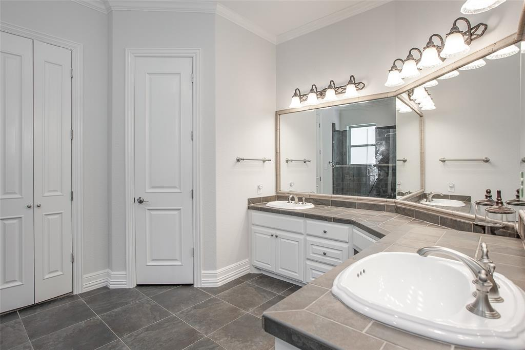 245 Bay Hill  Drive, Possum Kingdom Lake, Texas 76449 - acquisto real estate best designer and realtor hannah ewing kind realtor