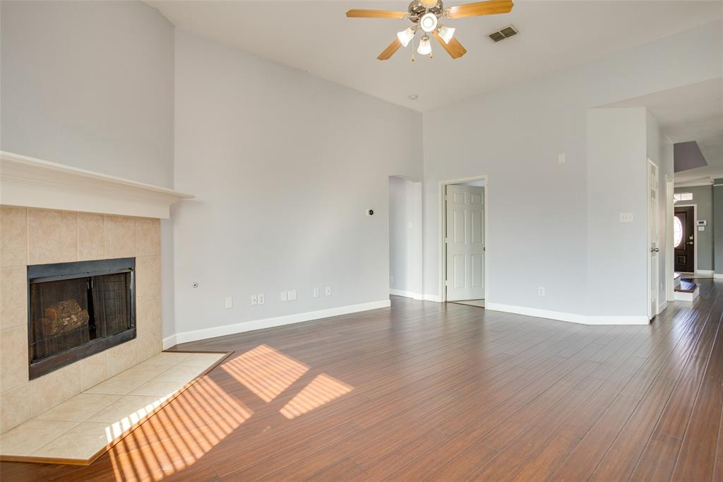 5712 Westgate  Drive, Fort Worth, Texas 76179 - acquisto real estate best new home sales realtor linda miller executor real estate