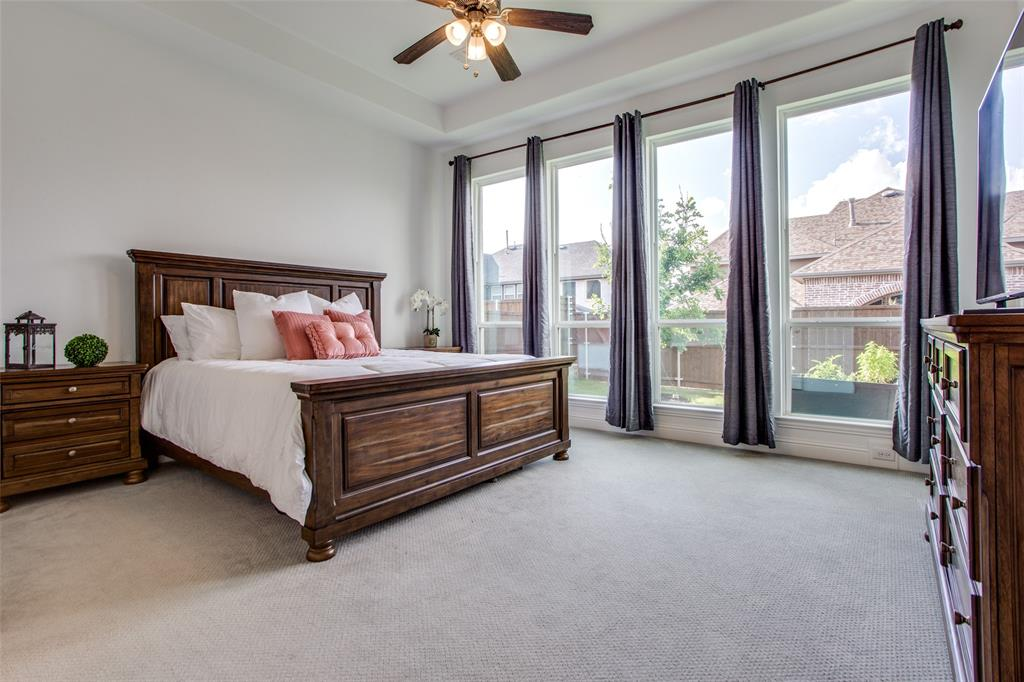 1920 Foxglen  Drive, Prosper, Texas 75078 - acquisto real estate best plano real estate agent mike shepherd