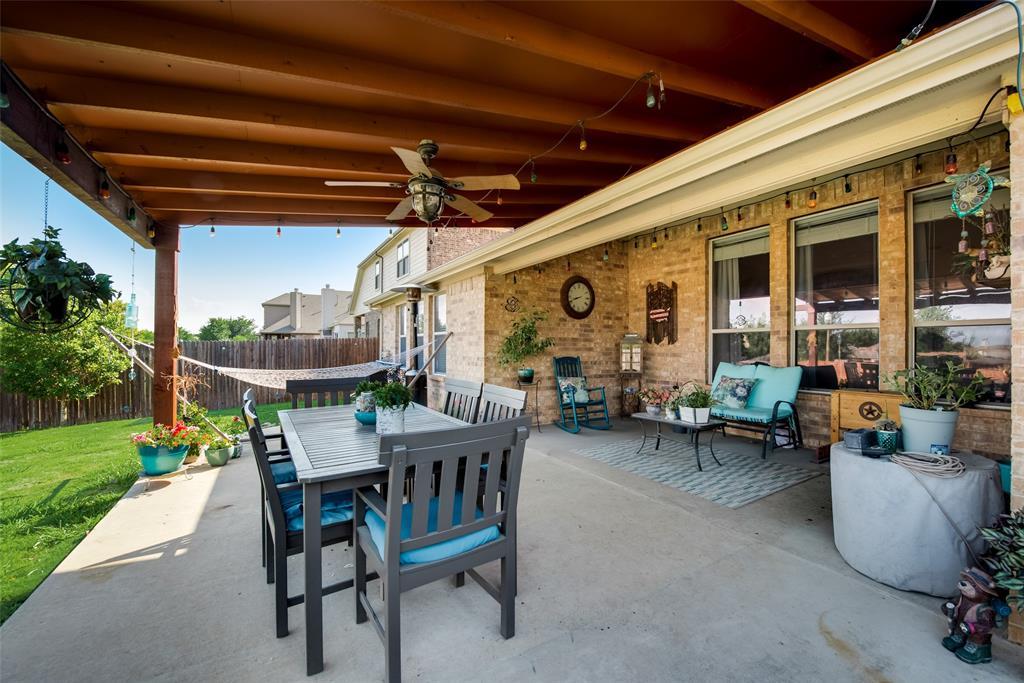 5709 Eagle Mountain  Drive, Denton, Texas 76226 - acquisto real estate best listing photos hannah ewing mckinney real estate expert