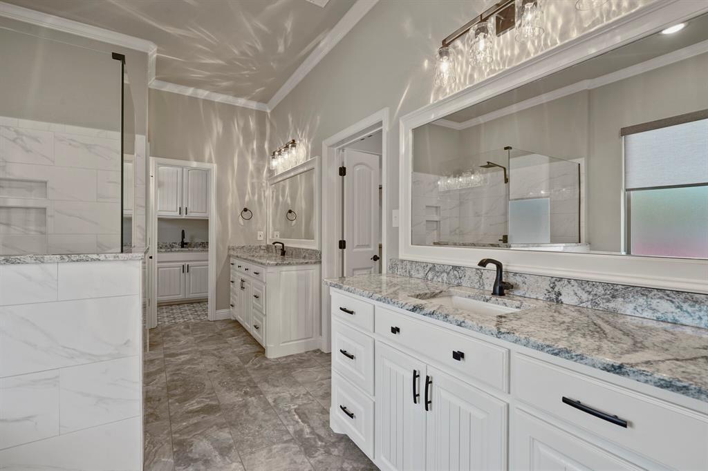 725 Glade Park  Court, Azle, Texas 76020 - acquisto real estate best realtor dfw jody daley liberty high school realtor