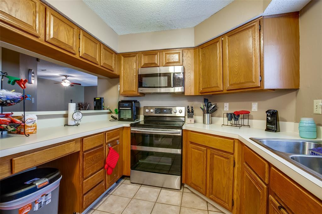 2628 Glenmore  Drive, Mesquite, Texas 75150 - acquisto real estate best luxury buyers agent in texas shana acquisto inheritance realtor