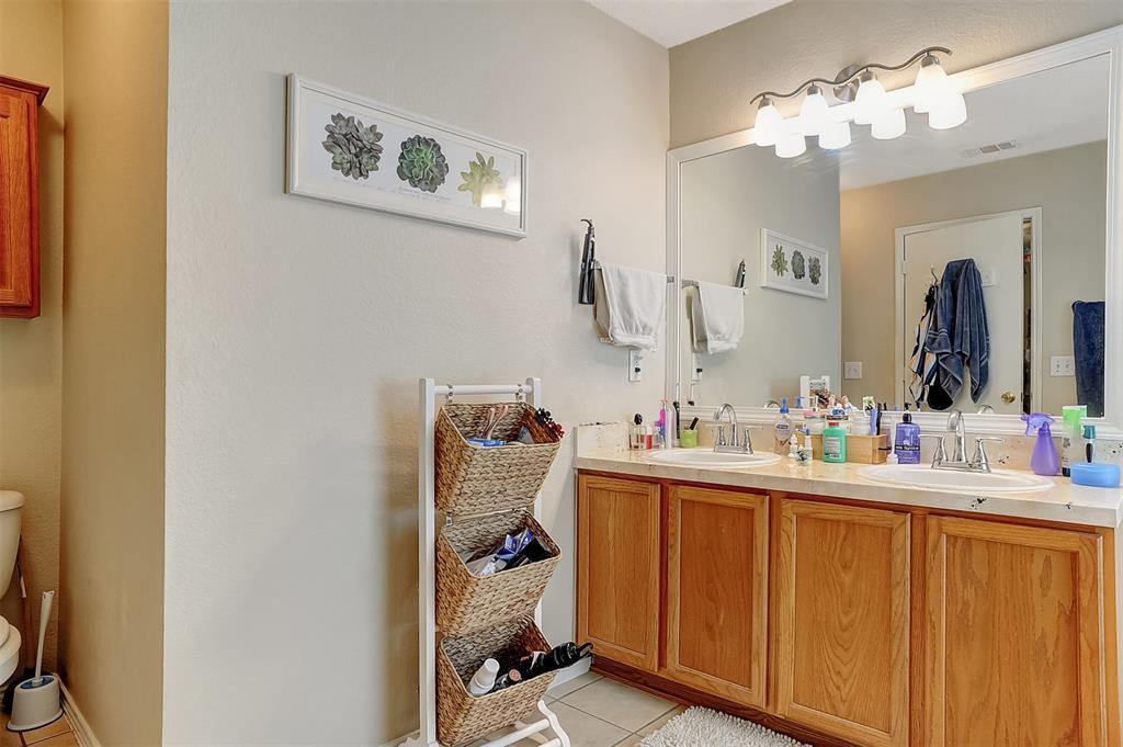 1113 Mallard  Drive, Sherman, Texas 75092 - acquisto real estate best designer and realtor hannah ewing kind realtor
