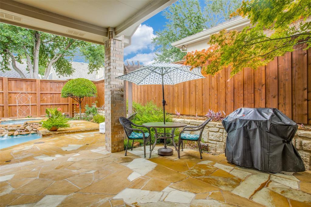 1732 Glenlivet  Drive, Dallas, Texas 75218 - acquisto real estate mvp award real estate logan lawrence