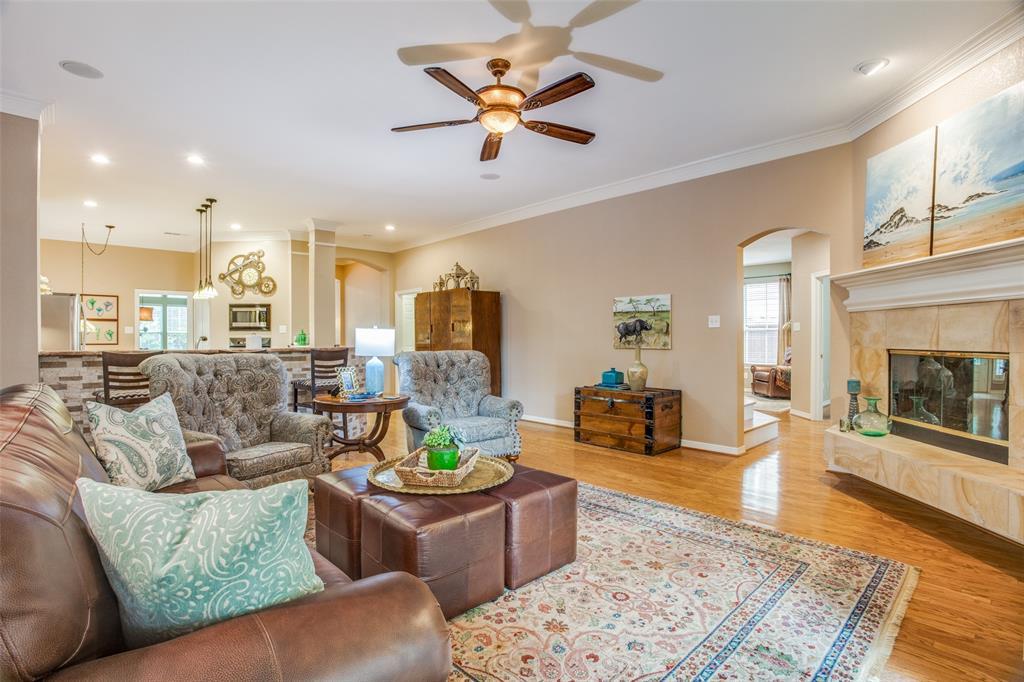 1732 Glenlivet  Drive, Dallas, Texas 75218 - acquisto real estate best investor home specialist mike shepherd relocation expert