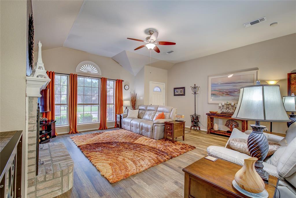 3005 Scenic Glen  Drive, Mansfield, Texas 76063 - acquisto real estate best highland park realtor amy gasperini fast real estate service