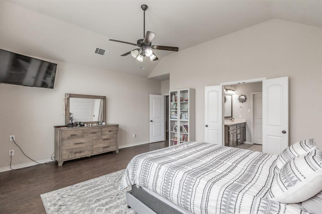 1204 Lantana  Lane, Burleson, Texas 76028 - acquisto real estate best frisco real estate broker in texas for high net worth buyers