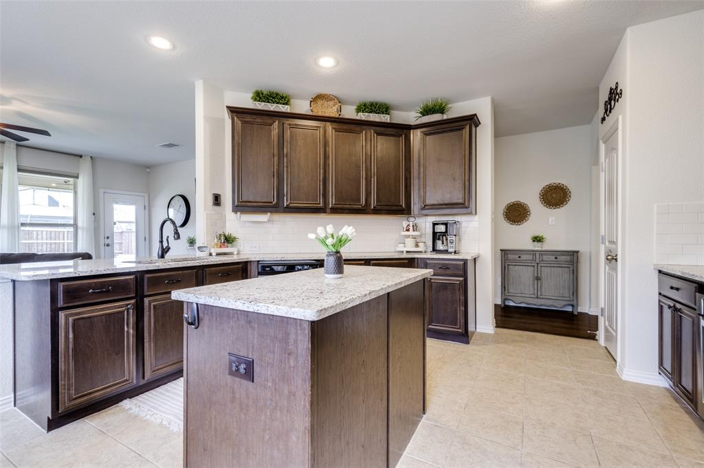 1724 Journey Forth  Trail, Wylie, Texas 75098 - acquisto real estate best celina realtor logan lawrence best dressed realtor