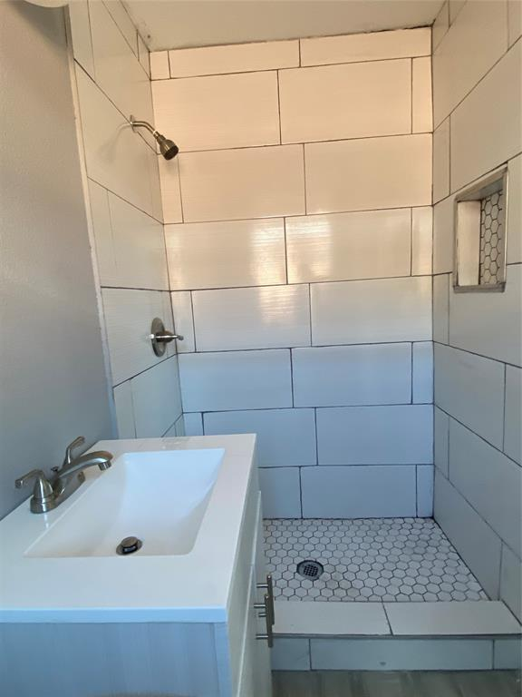 317 Hallmark  Drive, Fort Worth, Texas 76134 - acquisto real estate best listing photos hannah ewing mckinney real estate expert