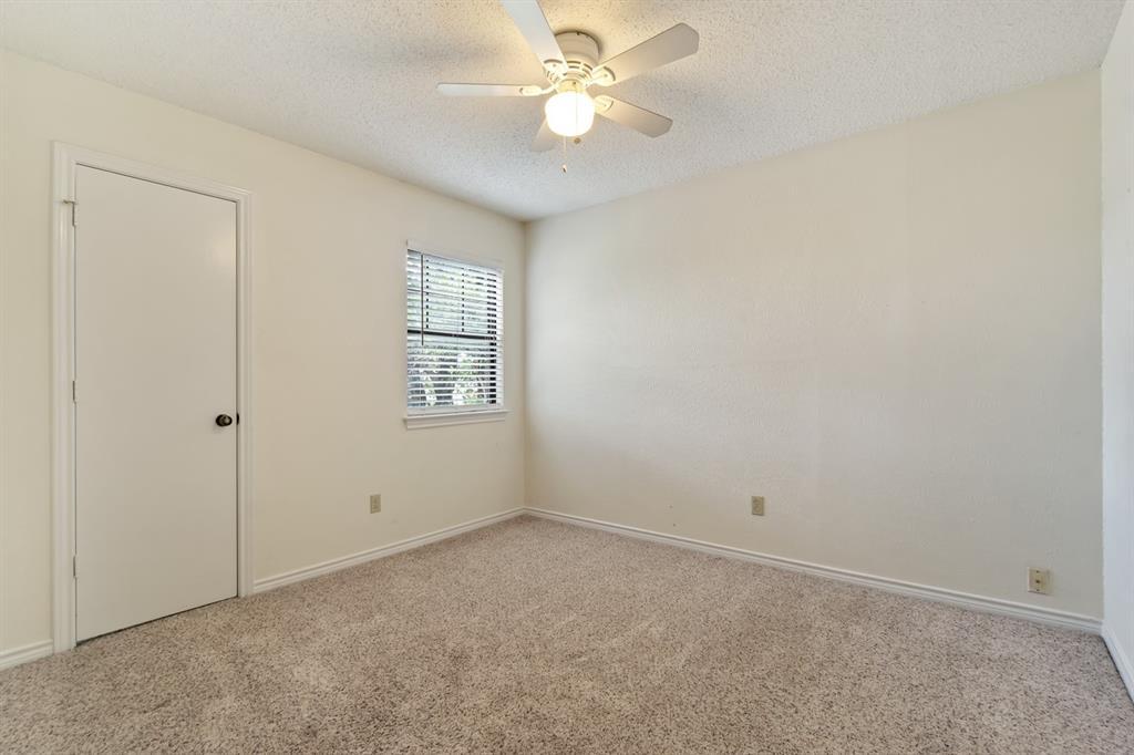 2113 Avignon  Drive, Carrollton, Texas 75007 - acquisto real estate best investor home specialist mike shepherd relocation expert