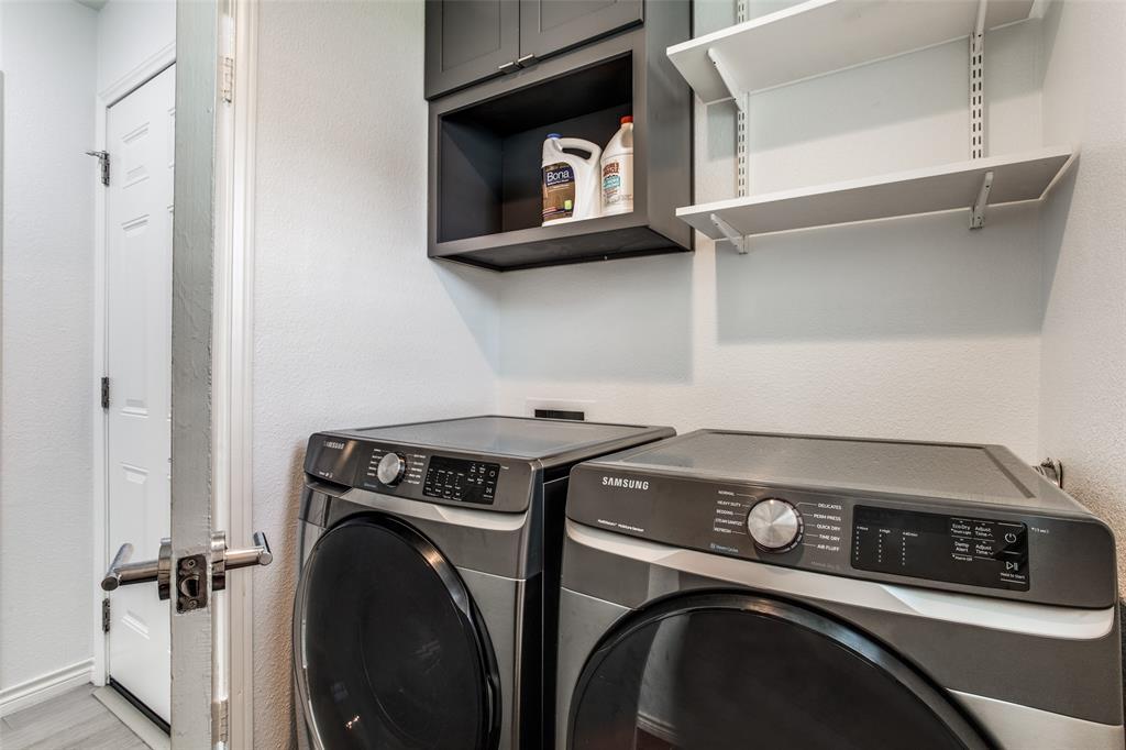 10920 Yorkspring  Drive, Dallas, Texas 75218 - acquisto real estate best looking realtor in america shana acquisto