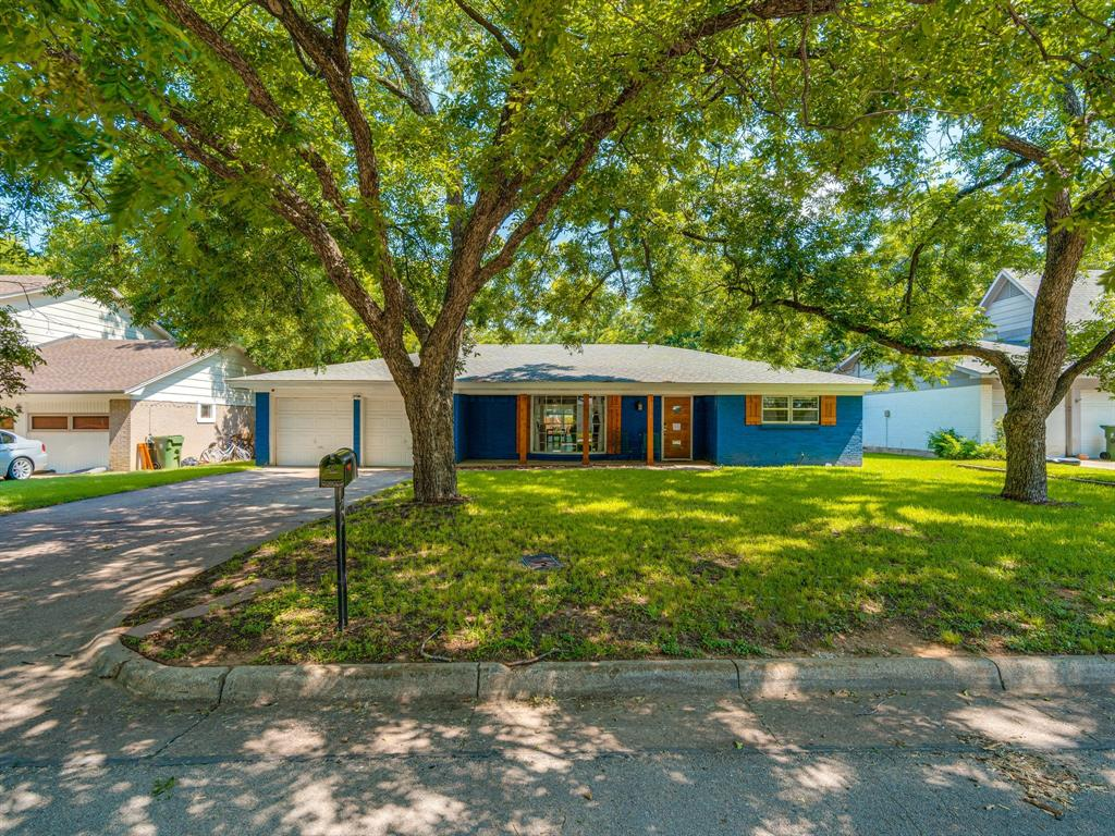 1719 Nueces  Trail, Arlington, Texas 76012 - acquisto real estate best plano real estate agent mike shepherd